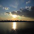 夕陽と・・・見えるかなスカイツリー